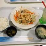 15457780 - 野菜炒め定食 600円(2012.10月)