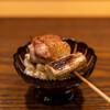 根津 焼鳥 照隅 - 料理写真:2021.7 ソリレス(腿肉の付け根) ネギ ホワイトショコラ(とうもろこし)