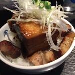 麺屋武蔵 巖虎 - 白いのは野菜だよ!