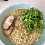 一楽ラーメン - カタ麺大盛りネギ多め!600円