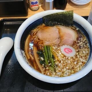 麺屋 藤 - 料理写真:醤油ラーメン(並)