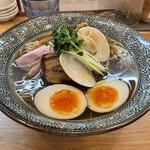 Ramen611 - 料理写真:特製 蛤の中華そば