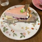カフェ・ル・グレ - ベリーのシブースト‥¥561/572