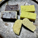 角屋悦堂 - 角金鍔(小豆)& 栗茶巾 & 芋ようかん(2012年10月)