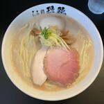 154641724 - [数量限定]濃厚鶏白湯そば 800円、麺大盛り 100円、煮玉子 100円