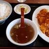 中華料理みなみ - 料理写真:エビと玉子のチリソース定食 950円
