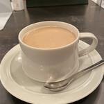 モール&ホソイコーヒーズ - カフェオレ ¥560-