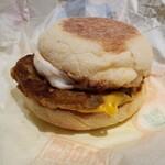 マクドナルド - 料理写真:ソーセージエッグマフィン。めっちゃ美味しい♪