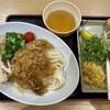 元祖セルフうどんの店 竹清 - 料理写真:だし氷うどん500円、ほっけ天ぷら150円