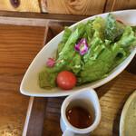 旬野菜とごはん ふくや - サラダとドレッシング(胡麻油)