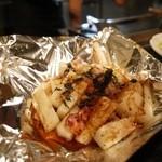 美味しんぼ - 長芋とベーコンの鉄板焼き(¥500)