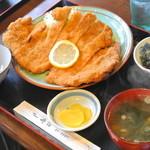 舟宿 - カツ定食(1,000円)