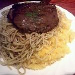 15470440 - 牛肉の薄切りステーキ(ランチ900円)