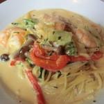 アフラテッロ - エビと野菜のクリームスパゲッティ