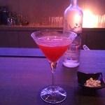 バー エリキシル - 2杯目ザクロのフレッシュカクテル。