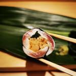 鮨 よし田 - イワシの海苔巻き