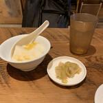 TaiKouRou Tokyo - 杏仁豆腐もボリュームあり
