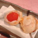 別邸 竹の庵 - :オスミックトマト白王豚巻き揚げ~藻塩~ 中はこんな感じですトマト美味しい
