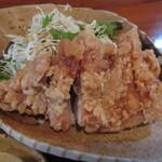 ひわさ屋 - 阿波尾鶏唐揚げ