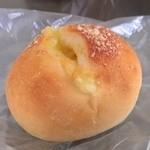 グランボワ - チーズパン