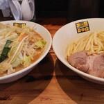 濃菜麺 井の庄 - 料理写真:濃菜つけ麺野菜大盛り(麺は普通盛り)