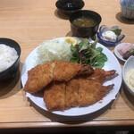 漣 - 料理写真:海老フライ定食2500円