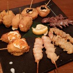 串揚げと肉炙り寿司 KUSHIEMON -