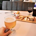 ワールドネイバーズカフェ - ドリンク写真:酒類販売停止期間は、ノンアルコールビール・ワインをどうぞ。