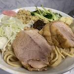 麺屋 歩夢 - 料理写真:限定 ジャージャー麺(950円)+ショウガ(50円)、ニンニクコール