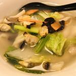 Yoka - これが刀削海鮮麺