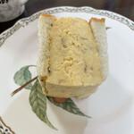 ブランジュリ ノアン - 玉子焼きは好みのお味。半分でかなり満足。