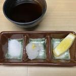 天ぷら はせ川 - お塩、おろし、レモン、天つゆ。お好みで♡