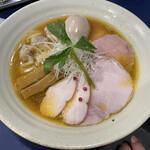 154796169 - 淡麗白湯味たまらー麺