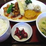 中華厨房 まきの - 料理写真:特製厨房定食