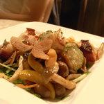 イチズ - 蛸のぶつ切り ガーリックバター醤油