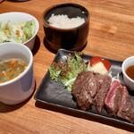 ぶつぎりたんちゃん - やわらかハラミステーキ定食(100g)