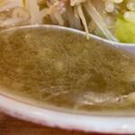 ラーメン二郎 - 【再訪】スープ