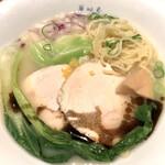 博多鶏ソバ 華味鳥 - 鶏白湯ソバ。1000.円の価値あると思う