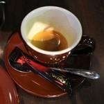 タウンスクエア コーヒー ロースターズ - エスプレッソにはチョコ付き