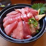154834937 - 生本鮪丼(特盛)