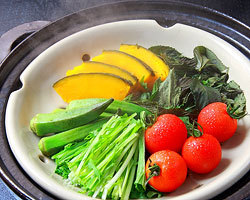 口福家 HANARE - 蒸し 野菜だけでも美味しいのです。