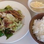 東春 - 料理写真:ホイコール 600円