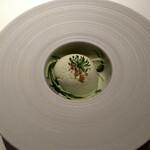 154860366 - 前菜。