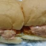 セブンティファクトリーイチキュウヨンハチ - 料理写真:エビカツオーロラソース