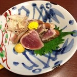 鮪 おか戸築地食堂 - 鰹の塩タタキ