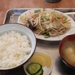 ちのね食堂 - 料理写真:肉野菜炒め定食