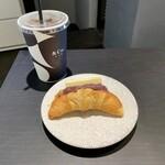 &Co. - モーニングセット:あんバタークロワッサン、アイスコーヒー