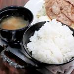 グレコ - ご飯、味噌汁