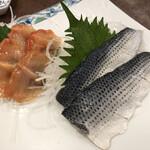 三ちゃん食堂 - 赤貝 こはだ酢
