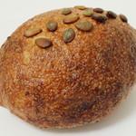 ロバ - ライ麦パン(\250、2012年10月)